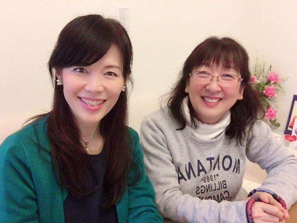 代表の谷口貴子さん(左)と、認定講師の浅井陽子さん(右)